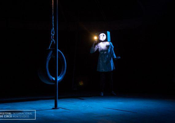 Presentación de circo mano a mano de Rosario (Arg) en FIC, El Picadero, Montevideo Uruguay
